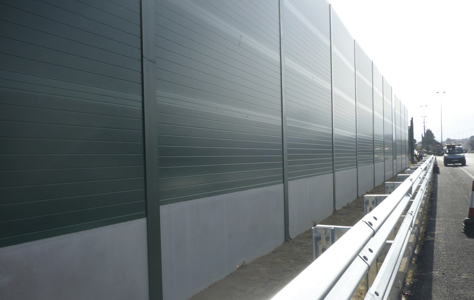 Acoustic Screen. A-6 Highway (Madrid)